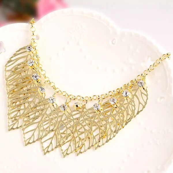 women short leaves necklace gold leaf style necklace with crystal